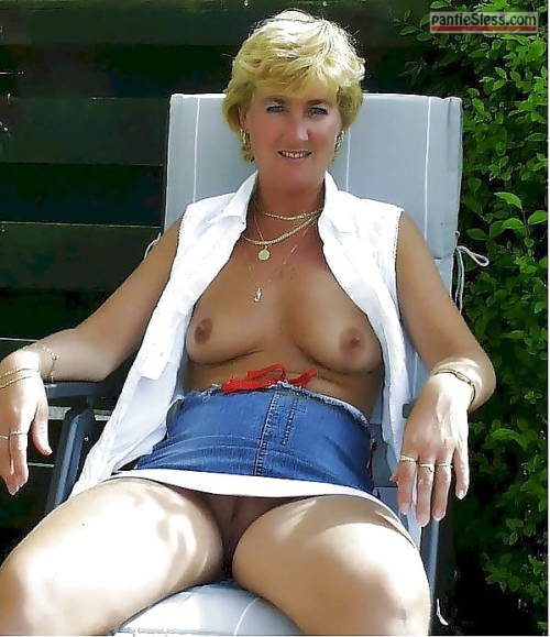 Mature Wife Big Tits Doggy