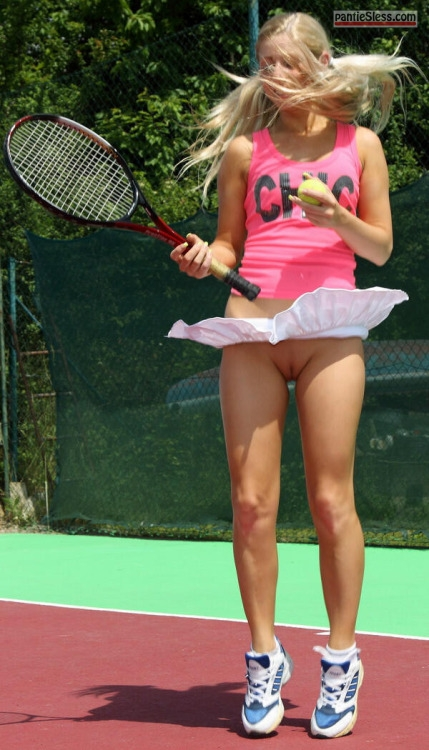 shaved pussy upskirt accident en.photo-pic.cyou